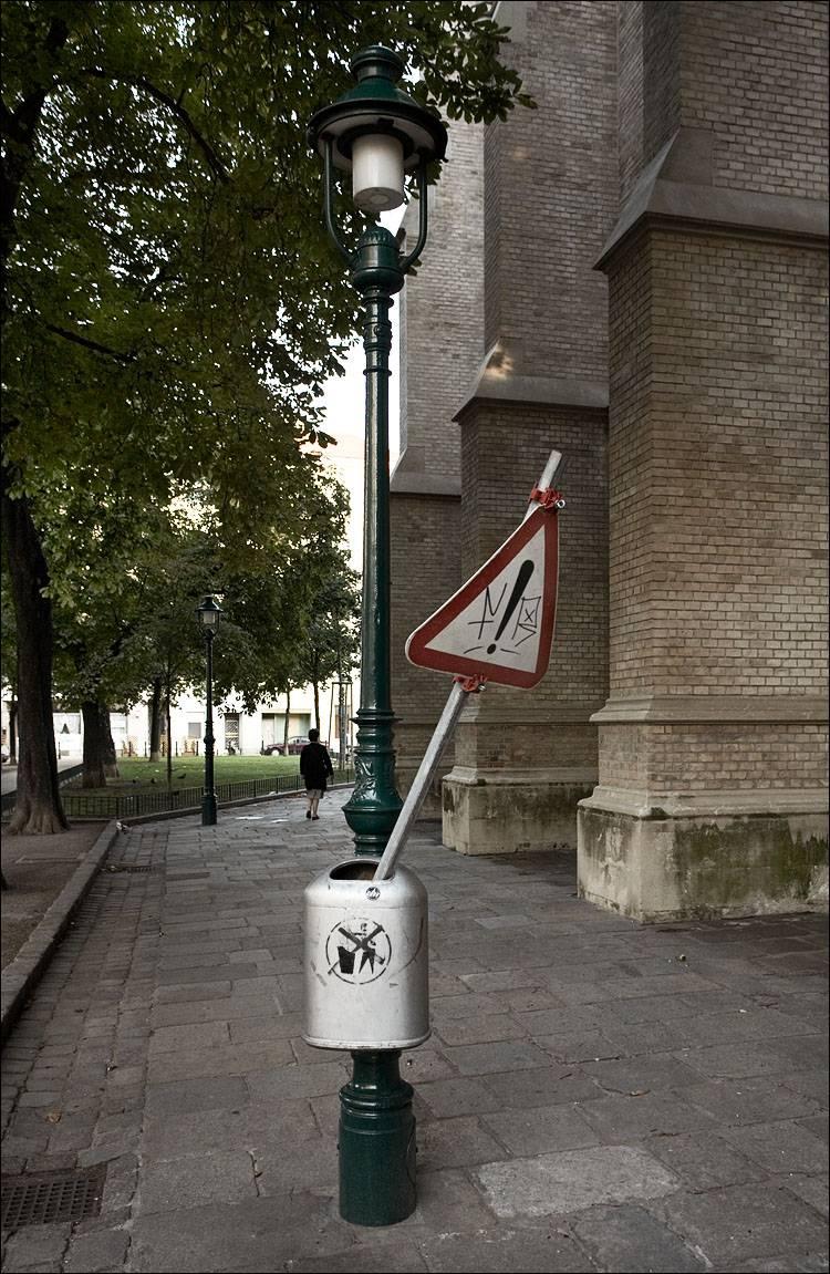 Vienna - Dangerous Trash-can